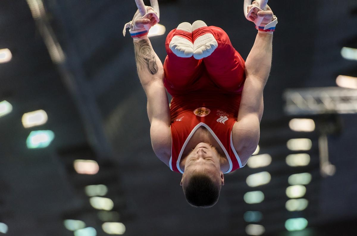 В гимнастике сила должна сочетаться с грацией