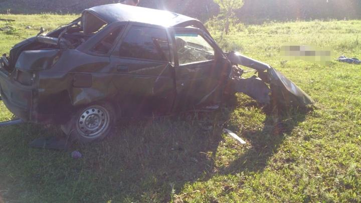 Двое водителей без прав скончались после ДТП в Башкирии
