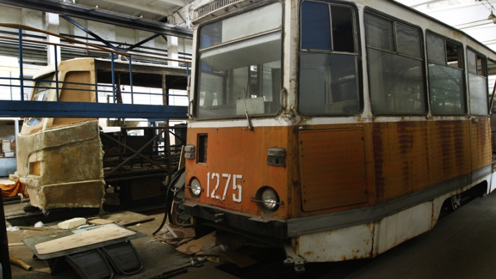 В Челябинске начнут каждый день мыть трамваи и троллейбусы