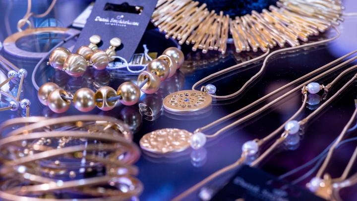 В Экспоцентр привезут 100 тысяч ювелирных шедевров от мировых дизайнеров и проведут телемост с США