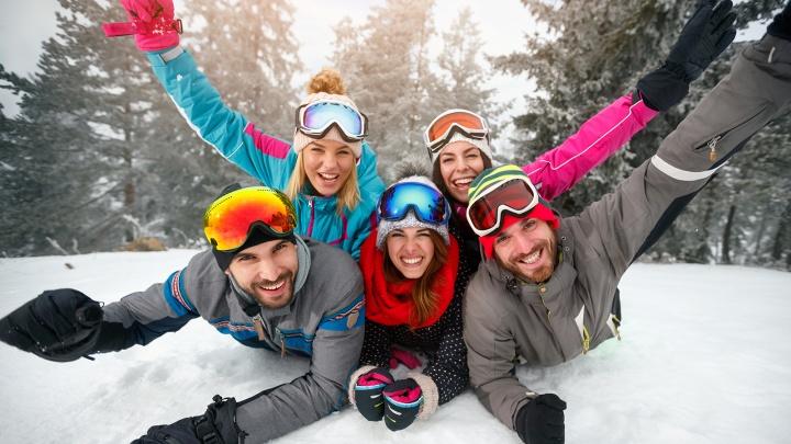 Для лыжников и сноубордистов в популярном гипермаркете появились яркие мини-колонки по низкой цене
