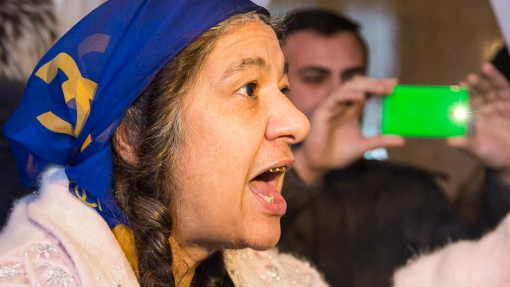 «Денег нет. Будьте прокляты»: в Волгограде коммунальщики отрезали от воды цыганский табор