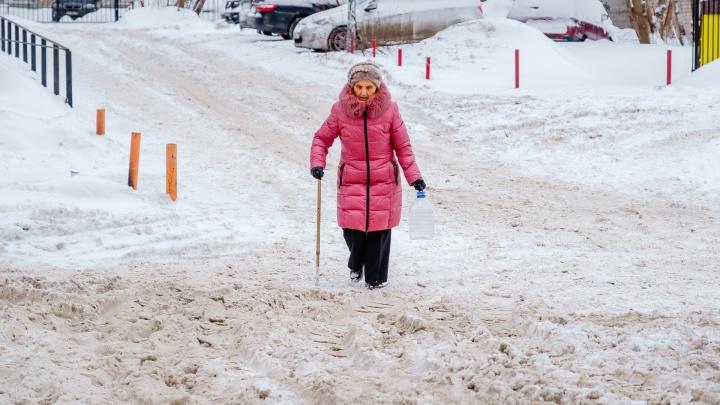 Пермские власти расторгнут контракт с подрядчиком из-за плохой уборки снега в Мотовилихе