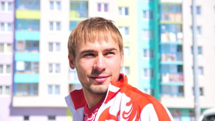 У Антона Шипулина, собравшегося в Госдуму, нашли незадекларированные 13 млн