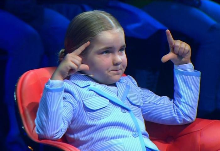 Алисе всего шесть, но она уже считает быстрее калькулятора
