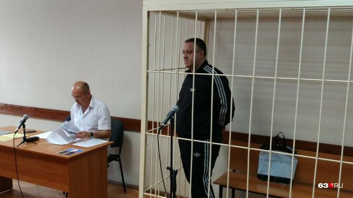 «Вступил в межкамерную связь»: полковника ФСБ Гудованого оставили в СИЗО еще на три месяца