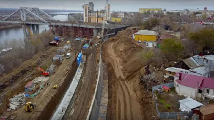 Скоро будет готов: самарцы сняли с воздуха стройку Фрунзенского моста