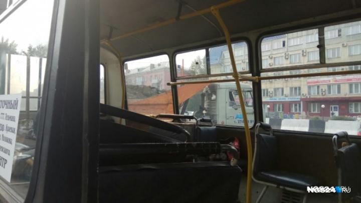 «Этот столб нас спас»: пассажирка автобуса № 20 рассказала о первых секундах в салоне после аварии
