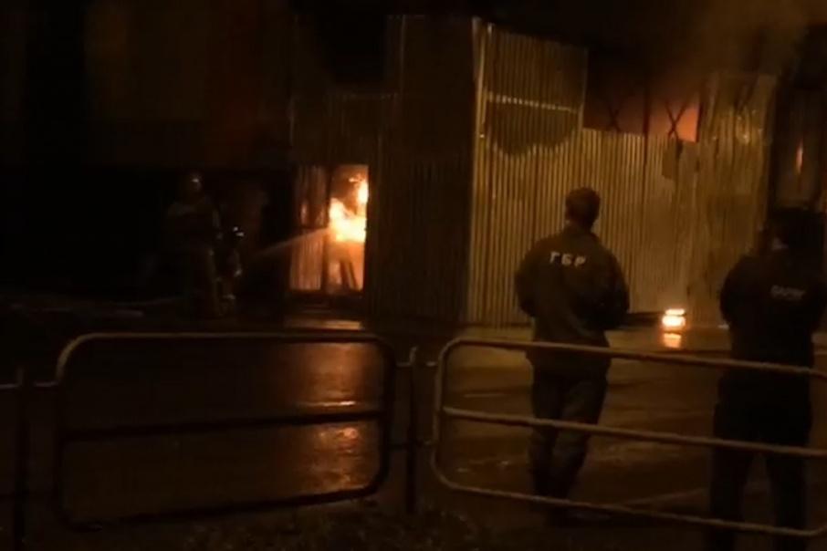 Сегодня комплекс закрыт: в Миассе ночью загорелся ТРК