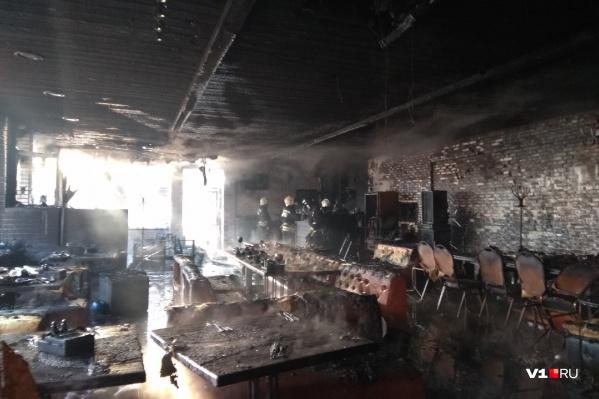 Огонь пожарные потушили