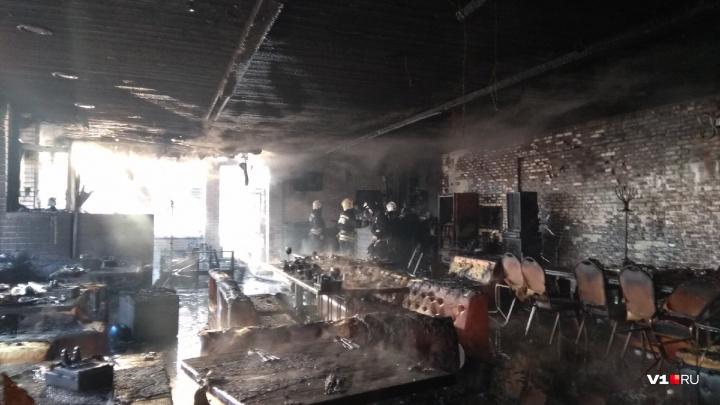 Появилось видео пожара в кафе «Saperavi»