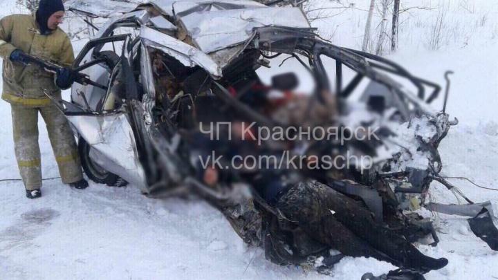 Устроивший аварию в Дзержинском таксист оказался злостным нарушителем