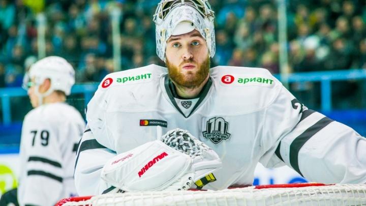 Вратарь челябинского «Трактора» подписал контракт с клубом НХЛ «Колорадо Эвеланш»