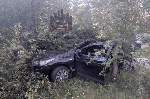 Hyundai после столкновения с УАЗом ППС