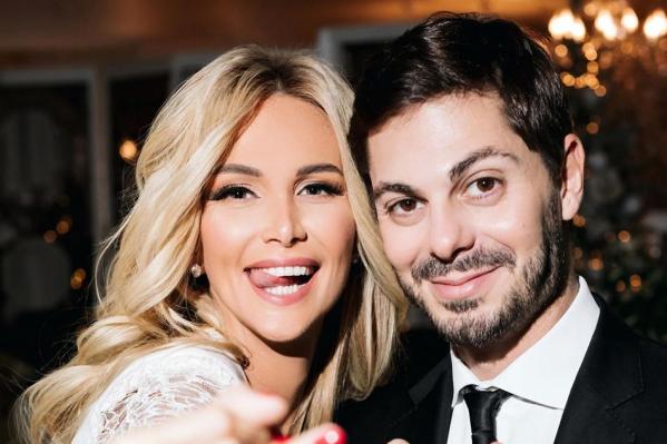 Виктория Лопырева и Игорь Булатов уже воспитывают маленького сына