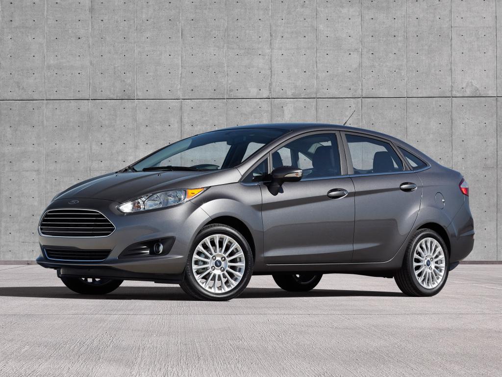 Кузов седан для Ford Fiesta выглядел чужеродным
