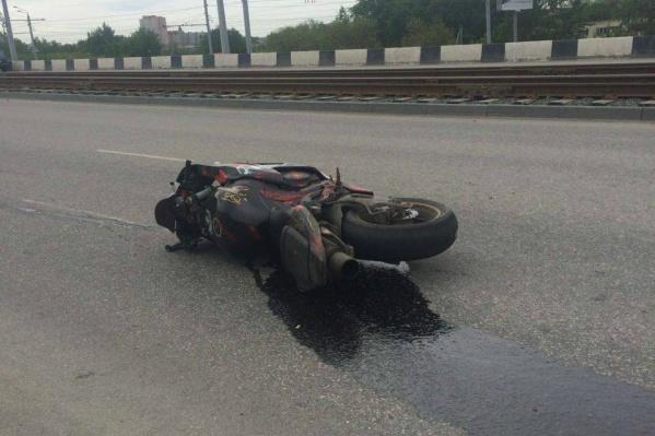 Бывший инспектор должен также выплатить 50 тысяч рублей морального вреда мотоциклисту