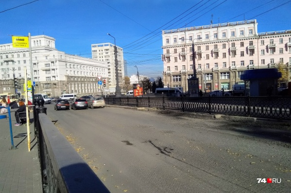 На Цвиллинга отремонтировать осталось самый важный участок — возле площади Революции