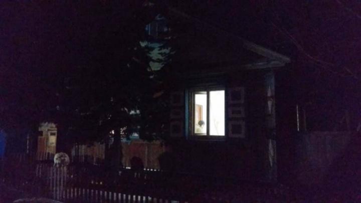 «Родителей не было дома»: четыре девочки отравились угарным газом в Челябинской области