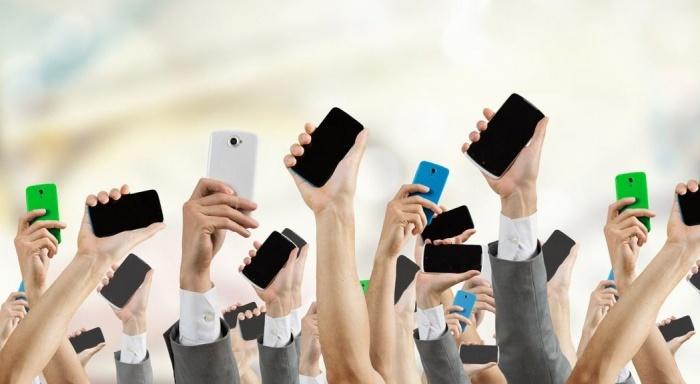 Обнаружен гипермаркет с ценами от 15 рублей на чехлы для всех моделей телефонов