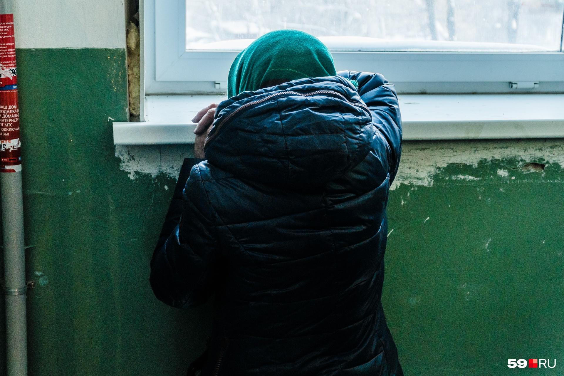 Валентина Александровна очень переживала из-за того, что в ее квартире начали наводить порядок