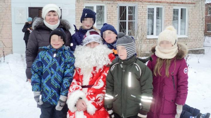 В ДТП под Пермью погибли супруги, воспитывавшие семь приемных детей