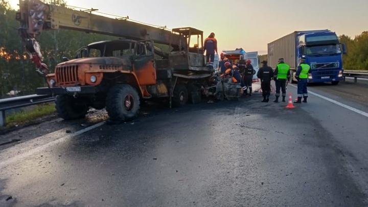 «Водитель уснул за рулем»: подробности смертельного ДТП под Екатеринбургом