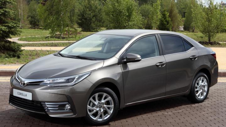 «Тойота» в третий раз подняла цены на Camry, RAV4 и Corolla