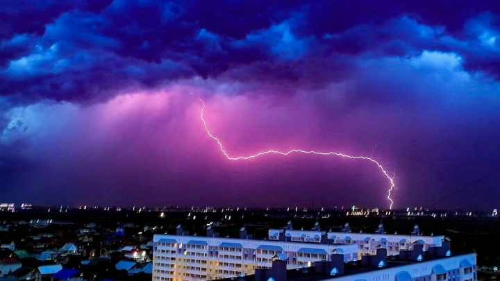 МЧС предупреждает тюменцев о приближающихся грозе и сильном ветре