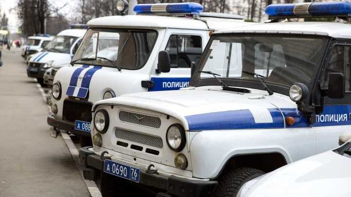 25-летний мужчина обчистил алкогольный супермаркет в центре Ярославля: вынес 57 тысяч рублей