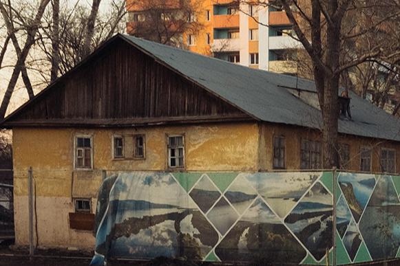 В Самаре жителей двух аварийных домов не включили в программу переселения