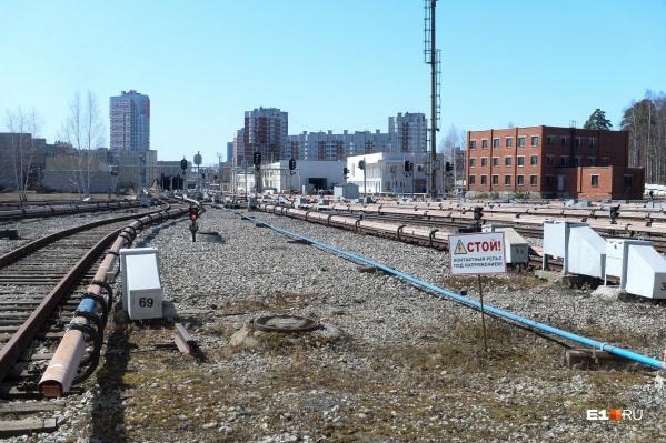 Сегодня поезда метрополитена ездят пустыми от электродепо до первой станции на проспекте Космонавтов