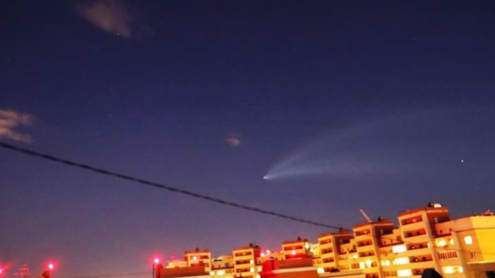 Медуза в небе: над Омском пролетела последняя ракета-носитель «Союз-ФГ»