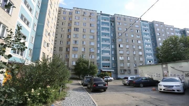 Родители ребёнка, упавшего с седьмого этажа в Челябинске, отказались от его госпитализации