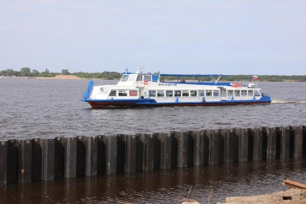 Берег на набережной Седова требует укрепления