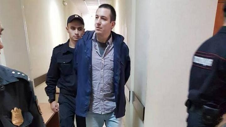 Директору турфирмы, обманувшему 52 ростовчанина, все-таки придется отправиться в тюрьму