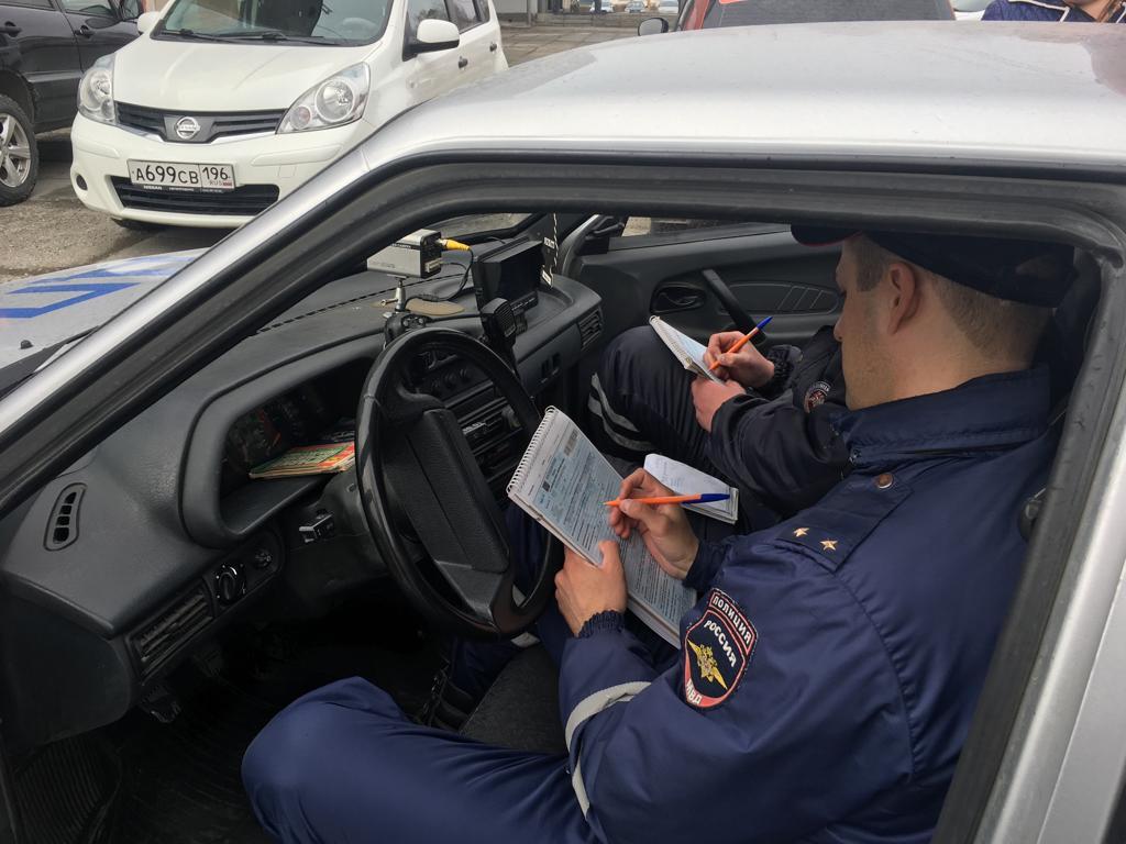 Бросили пить? В майские праздничные дни на Урале поймали меньше пьяных водителей, чем в мартовские