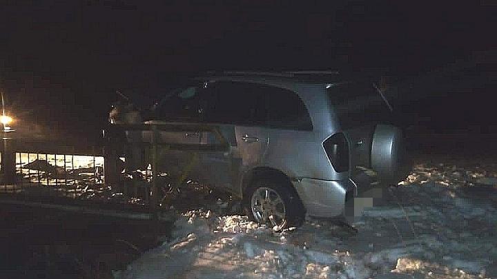 Chery Tiggo врезался в ограждение моста в Башкирии, водитель погиб