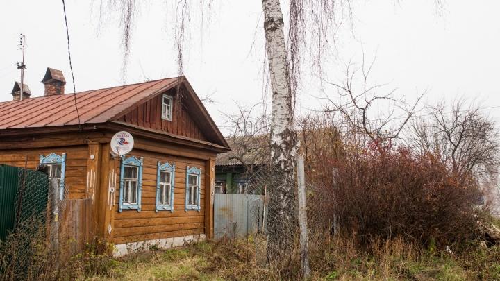 В Ярославской области преступник в маске и с ножом ворвался в дом и напал на хозяина
