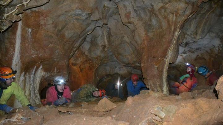 Башкирскую подводную пещеру изучат ученые