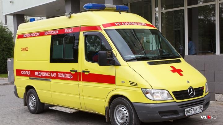 Под Волгоградом пьяный водитель устроил на встречке аварию: четверо пострадавших