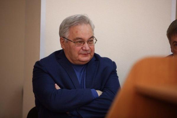 Михаилу Садовому грозит несколько лет колонии и штраф. Фото из зала суда 17 июня 2019 года