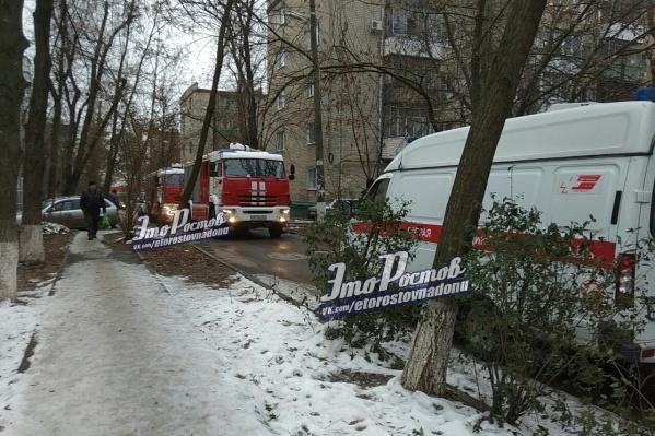 Пожар произошел в одной из квартир пятиэтажки