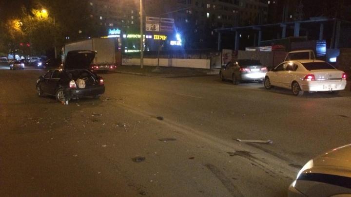 В Уфе водитель без прав устроил ДТП: пострадала 17-летняя девушка