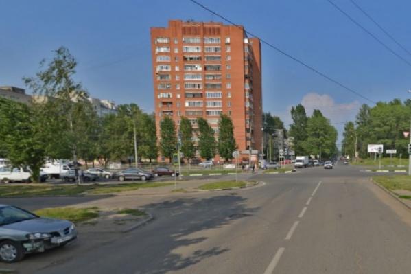 Убийство произошло в одном из жилых домов на улице Елены Колесовой