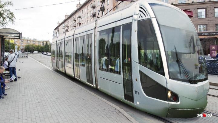 Как в тисках: Челябинск-2020 охладел к автомобилям и зажал их «выделенками»