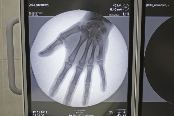 Женщина работала травматологом и брала на лапу за липовые больничные