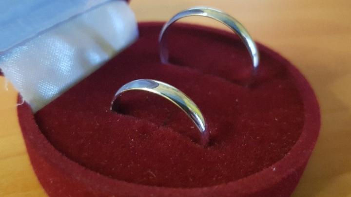 Развод и девичья фамилия: свадьбы жительниц Зауралья и граждан Азербайджана признали незаконными