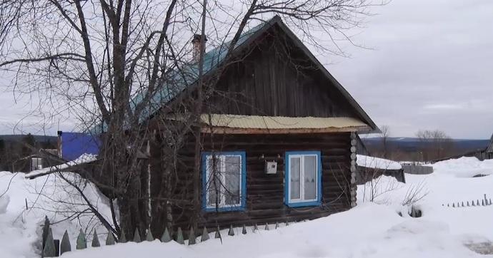 Жительница Горнозаводска пожаловалась на мэра, который выселяет ее из дома, где она живет 15 лет