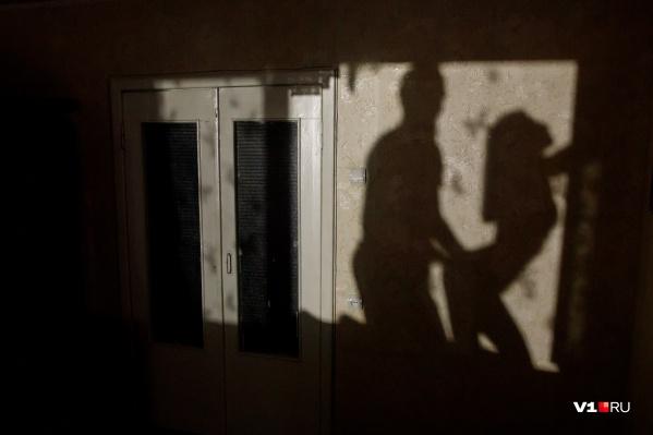 Урюпинец подумал, что жена изменяет ему с более молодым мужчиной